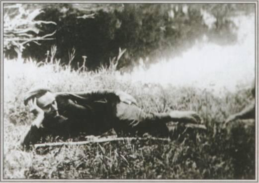 Даниил на траве.jpg