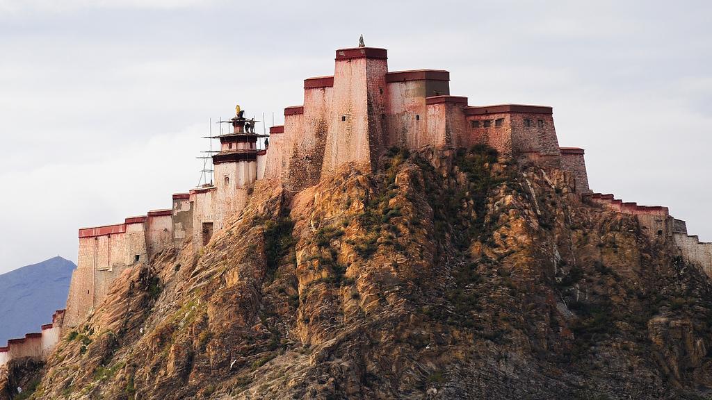 Дзонг (Dzong) в Гянтзе (Gyantse)6317585361_744d0de4dd_b.jpg