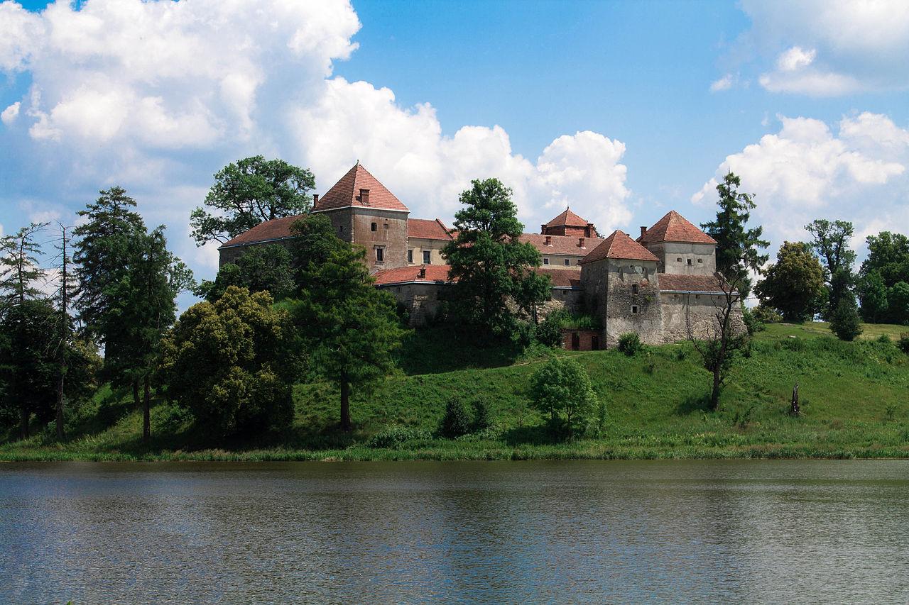 Замок_у_Свіржі_01.jpg