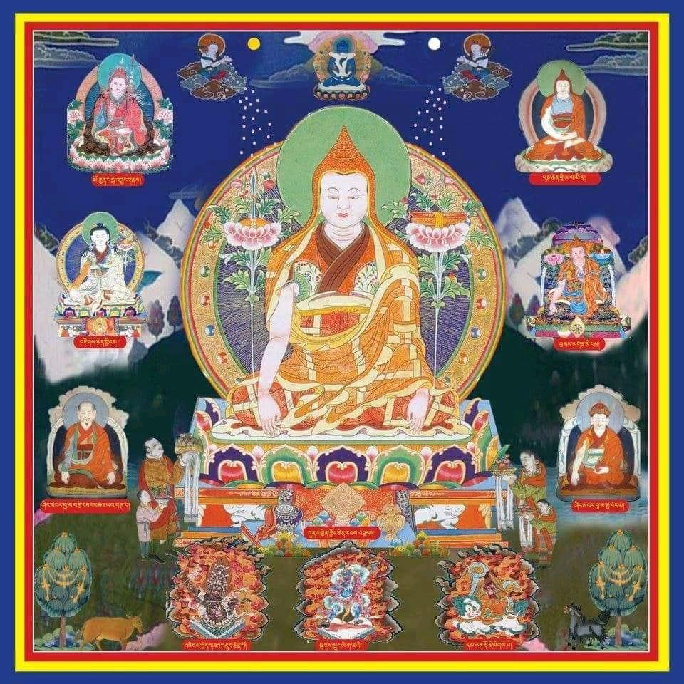 Лонгченпа в окружении будд.jpg