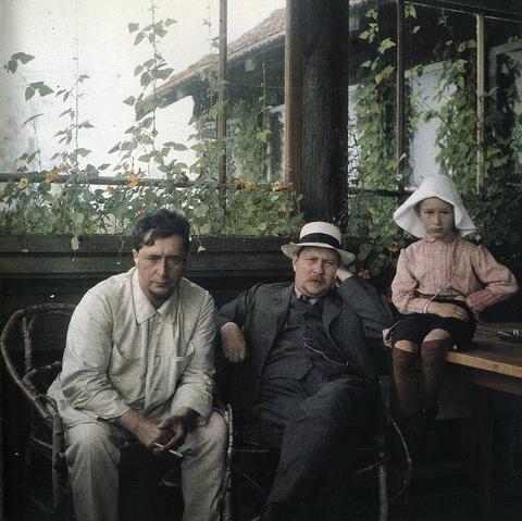Л.Н. Андреев, Ф.А. Добров, Даниил на Чёрной речке.jpg