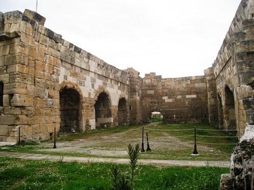 Римские бани в Иераполисе.jpg