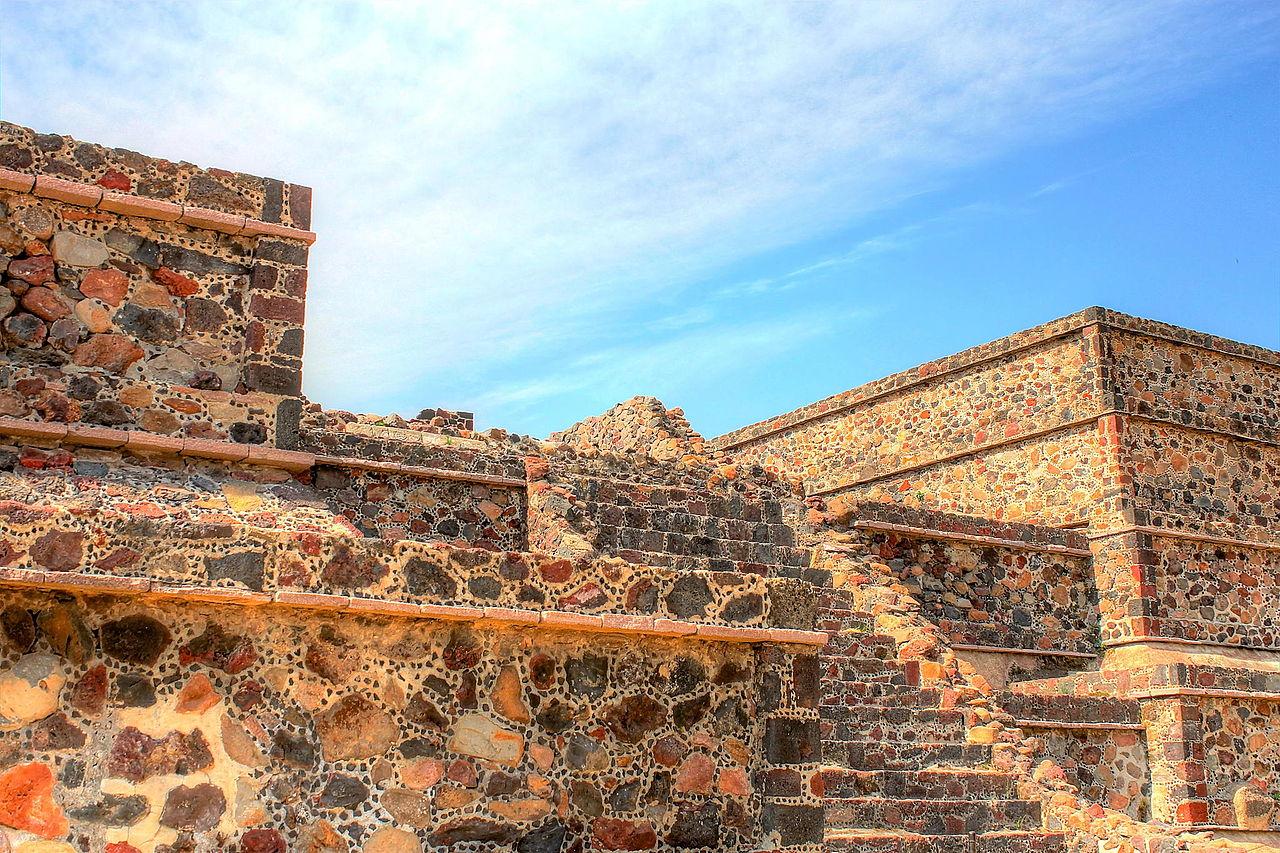 Руины_Теотиуакана_(1).jpg