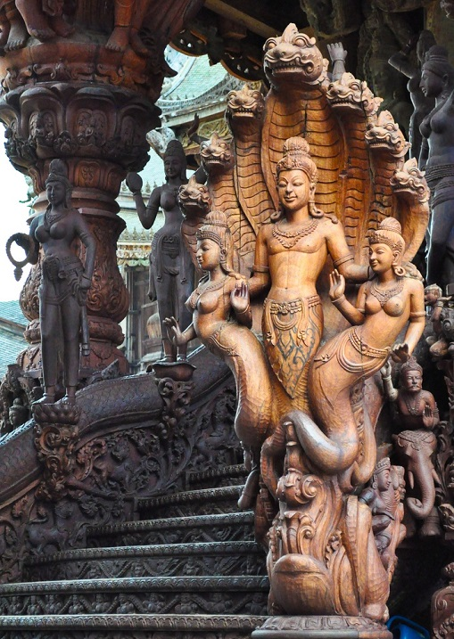 Храм истины в Паттайе, Тайланд (15).jpg