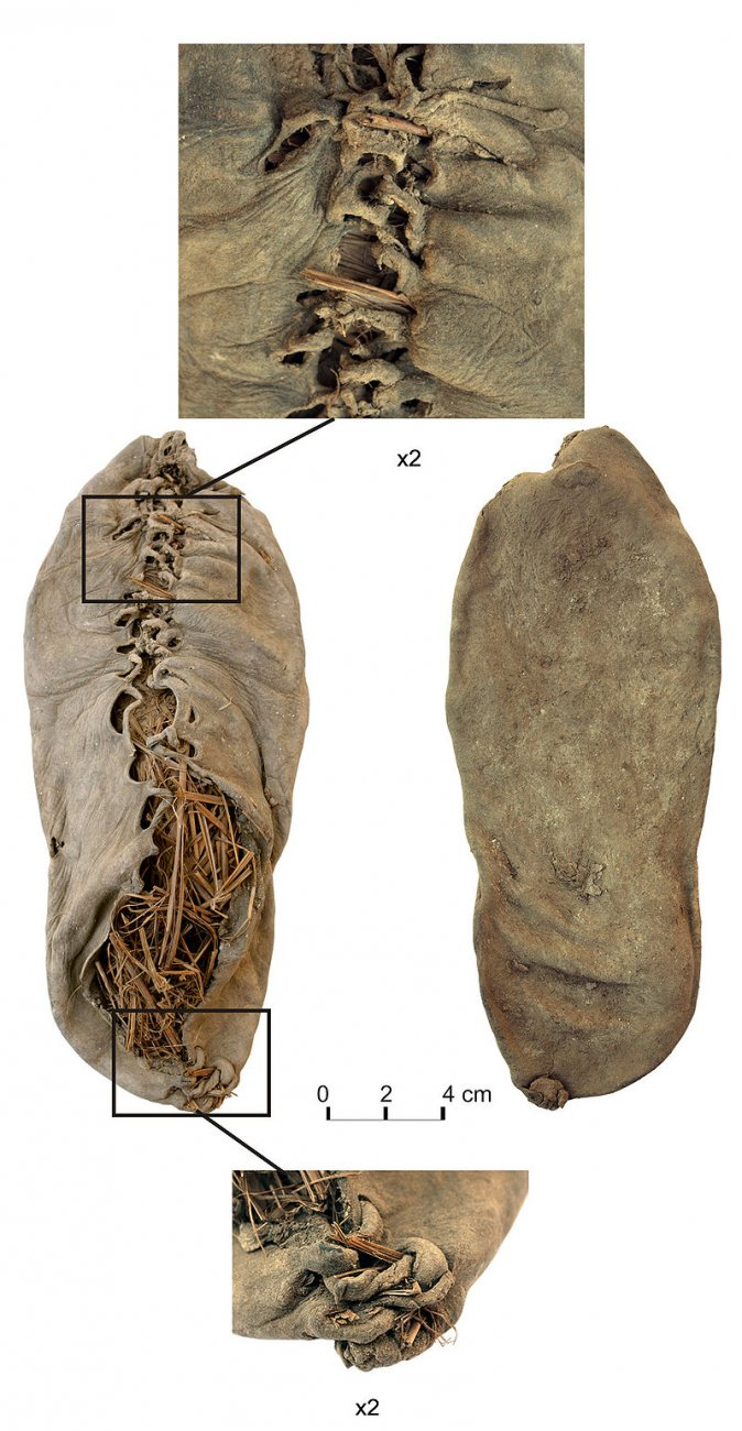 армения 800px-Chalcolithic_leather_shoe_from_Areni-1_cave.jpg