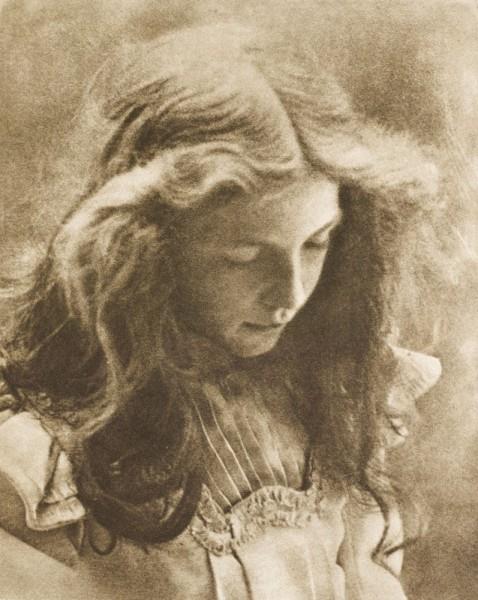 аура хертвигlotte-1900.jpg!Large.jpg