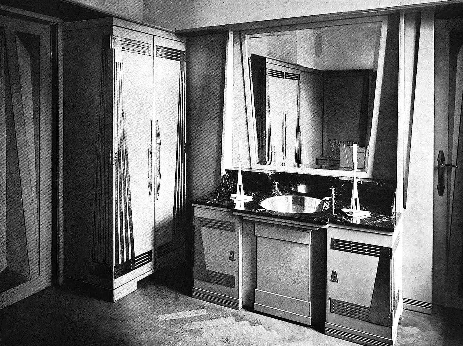 беренсPeter Behrens design 1901.jpg