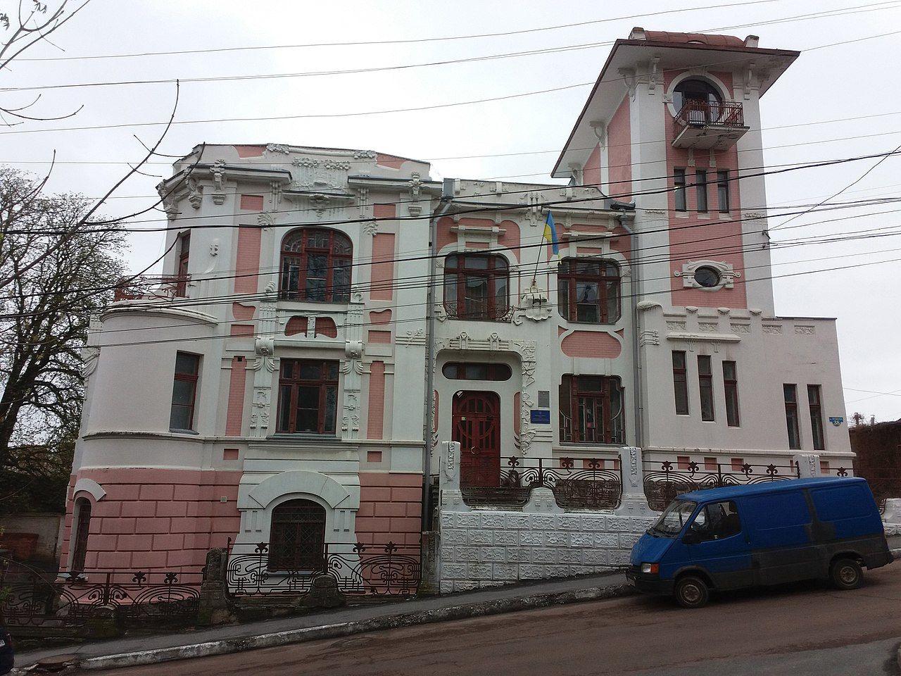 винни особняк четкова 1280px-Vinnytsia_Pushkina_str_-38_(17).jpg