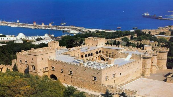 дворец-святого-иоанна-иерусалимского.jpg