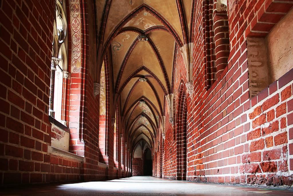 замок-Мариенбург-Польша-фото.jpg