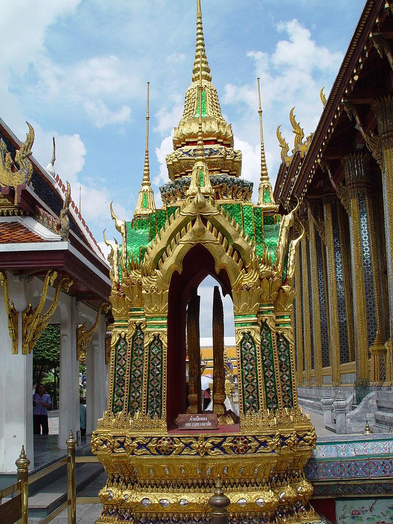 кор дв. 18-19в800px-Wat_Phra_Kaew_2.jpg