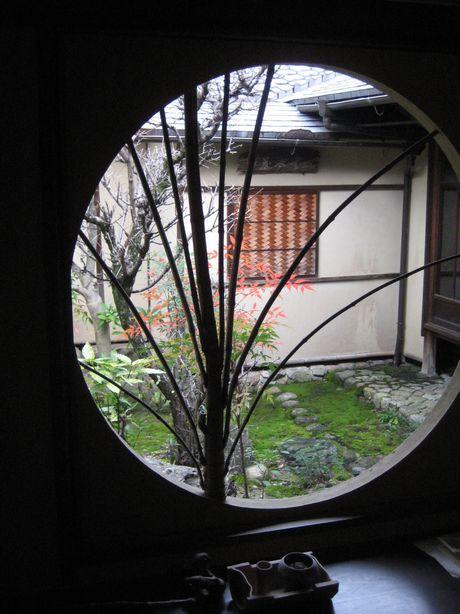 круглое окно 2.jpg