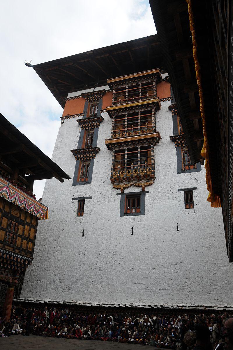ринпунг Paro_Dzong_temple_-_Bhutan_-_panoramio_(15).jpg