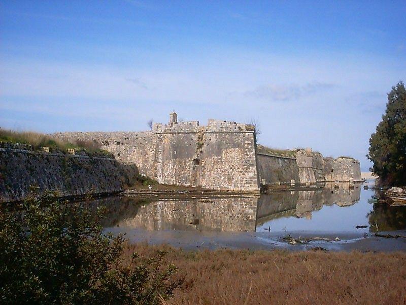 санта маура agia-mavra-castle-lefkada-p01.jpg