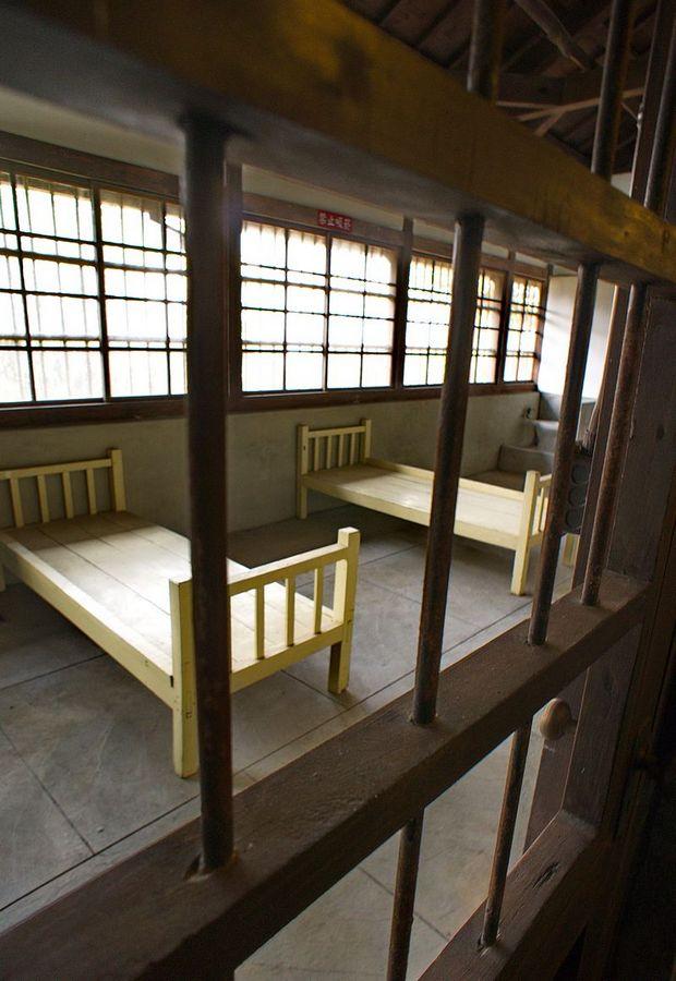 тайв тюрьмаOld_Chiayi_Prison,_Clinic,_Chiayi_City_(Taiwan).jpg