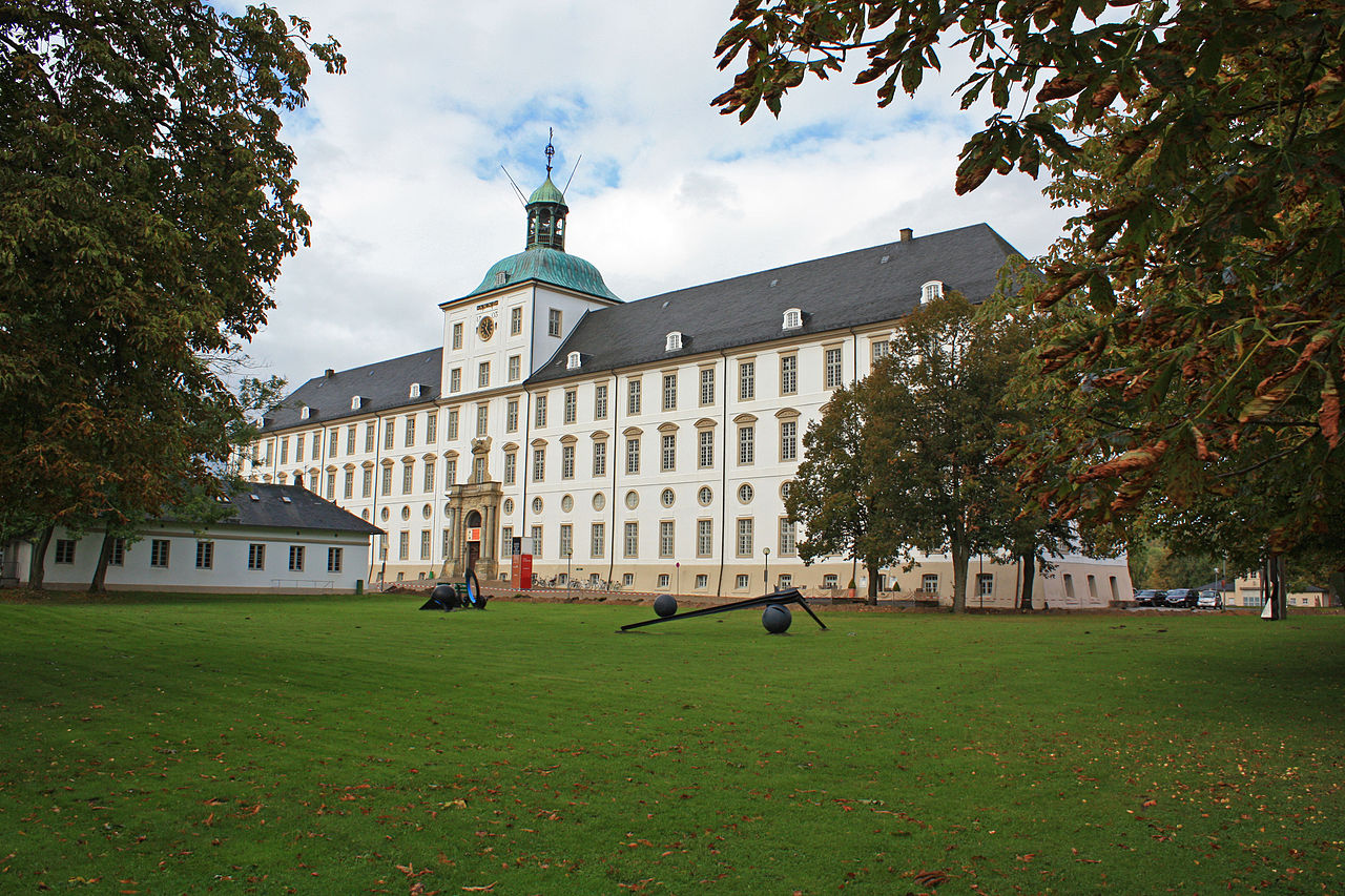 тессин ст1280px-Schloss_Gottorf.jpg