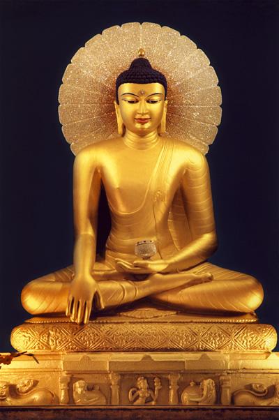 шакьямуни Buddha.jpg