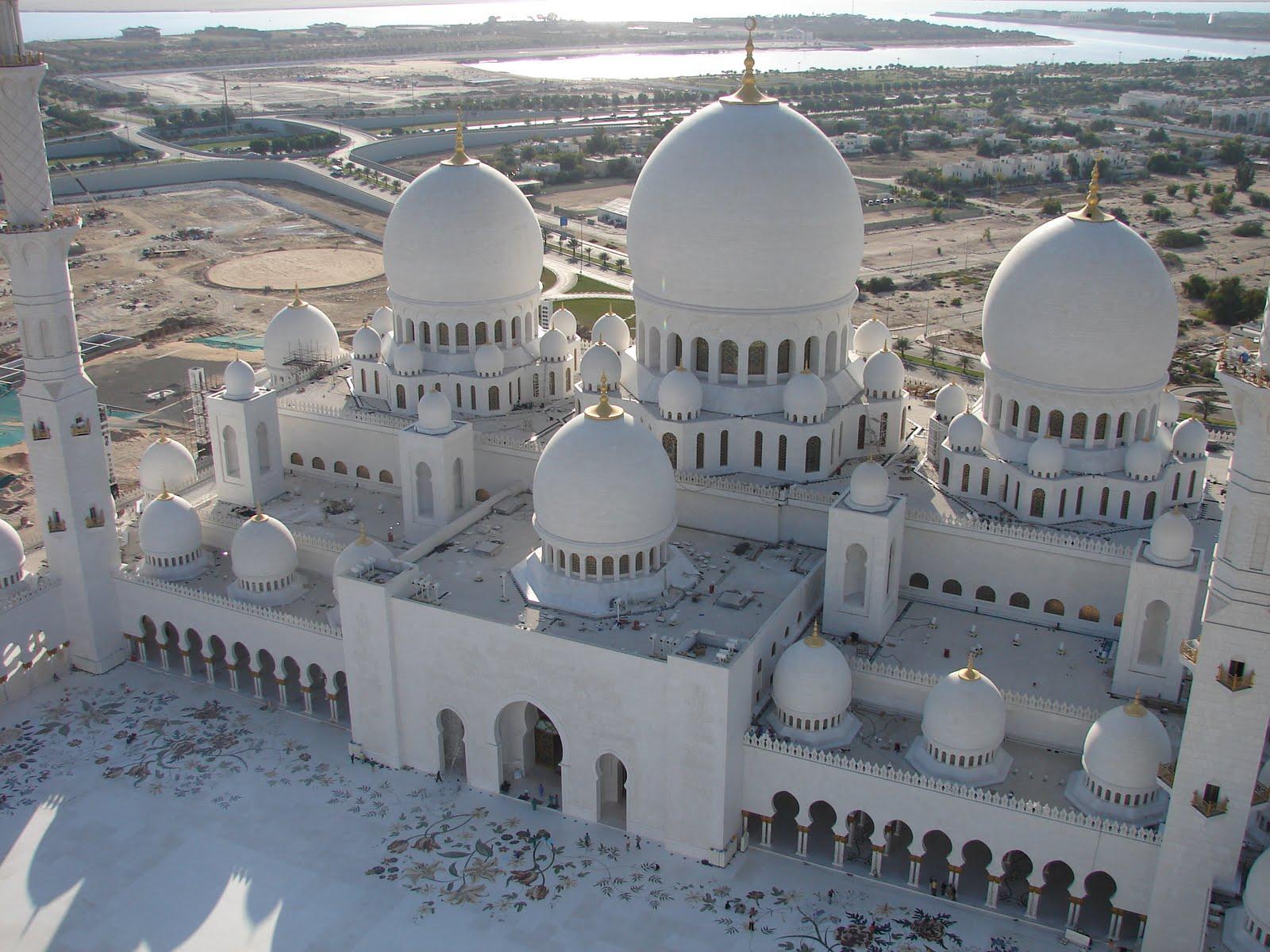 шейха зайда мечеть абу-даби.jpg