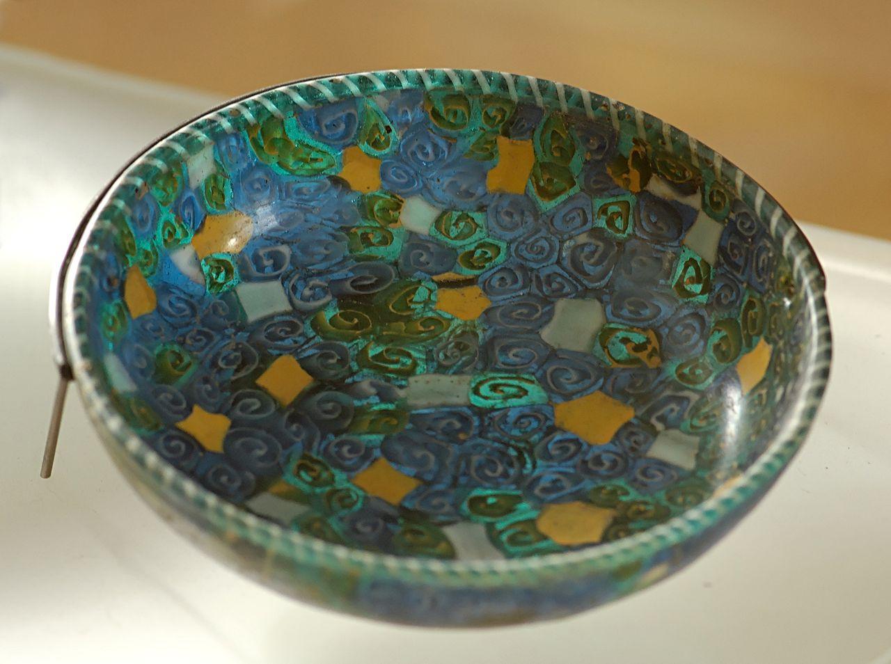 1 до-Mosaic_cup_Louvre_S2472.jpg