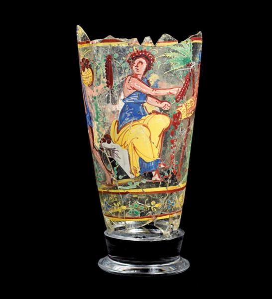 1-2d2981891_com_glass_goblet.jpg
