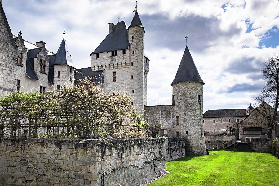 1-chateau-de-rivau-towers-hristo-shanov.jpg