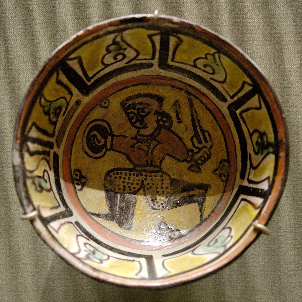 10-11d1024px-Cup_warrior_Louvre_MAO133.jpg