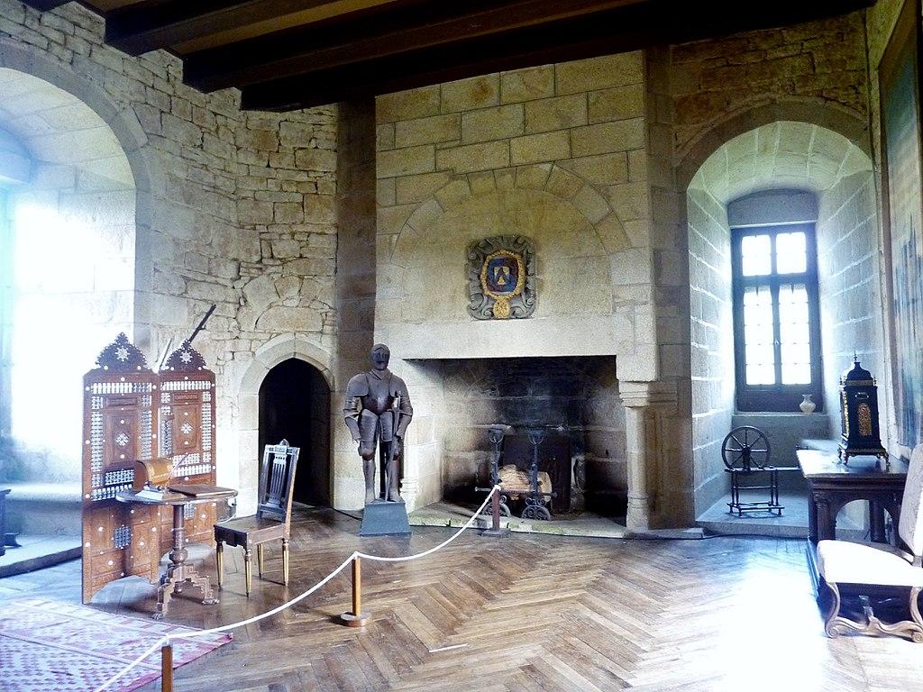 1024px-084_Château_de_Kérouzéré.jpg