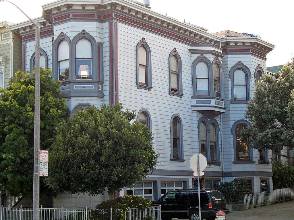 1024px-1249-1251_Scott_St_(San_Francisco,_California).jpg
