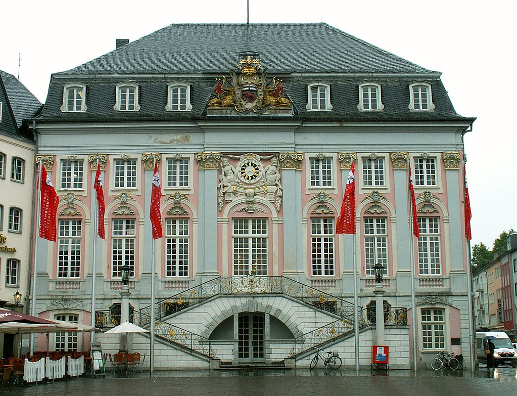 1024px-Bonn_Altes_Rathaus.jpg