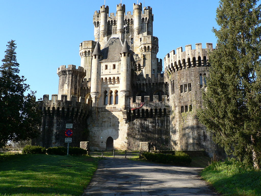 1024px-Butron_Castle.JPG