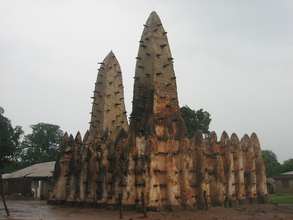 1024px-Ghana_mosque.jpg