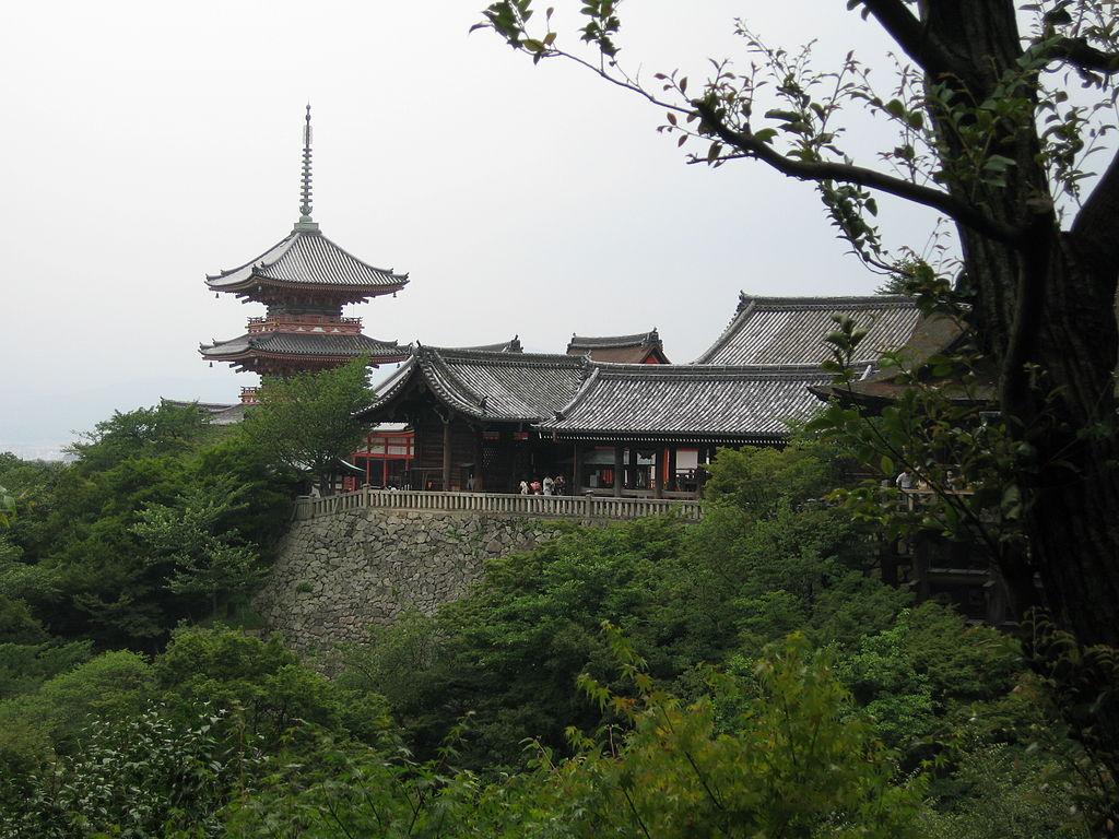 1024px-Jrballe_Kiyomizu-dera_01.JPG