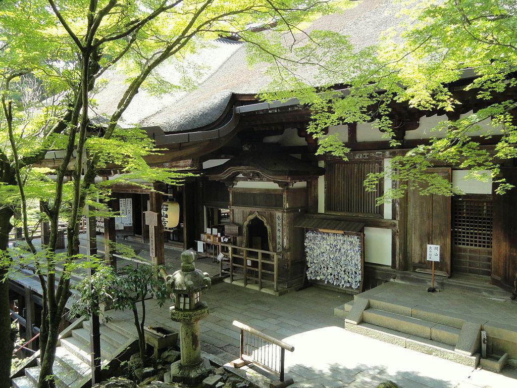1024px-Main_Hall_-_Ishiyamadera_-_Otsu,_Shiga_-_DSC07505.JPG