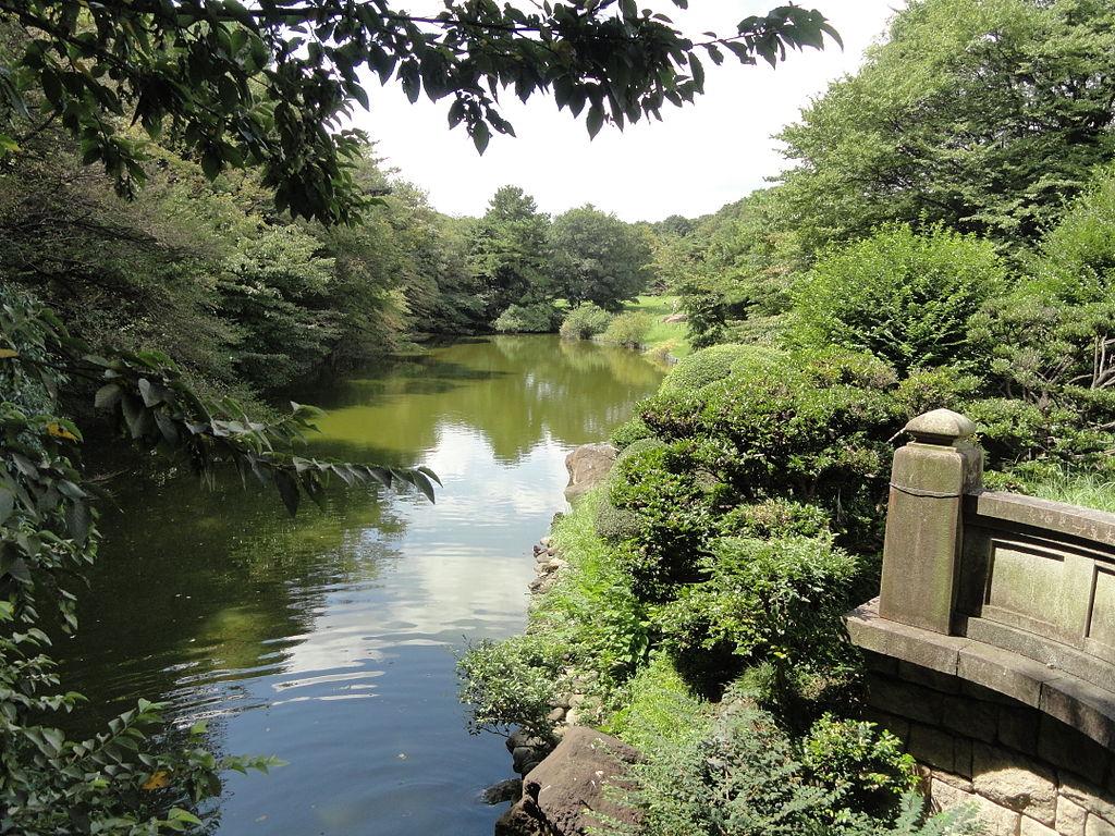1024px-Meiji_Shrine_-_DSC05046.jpg