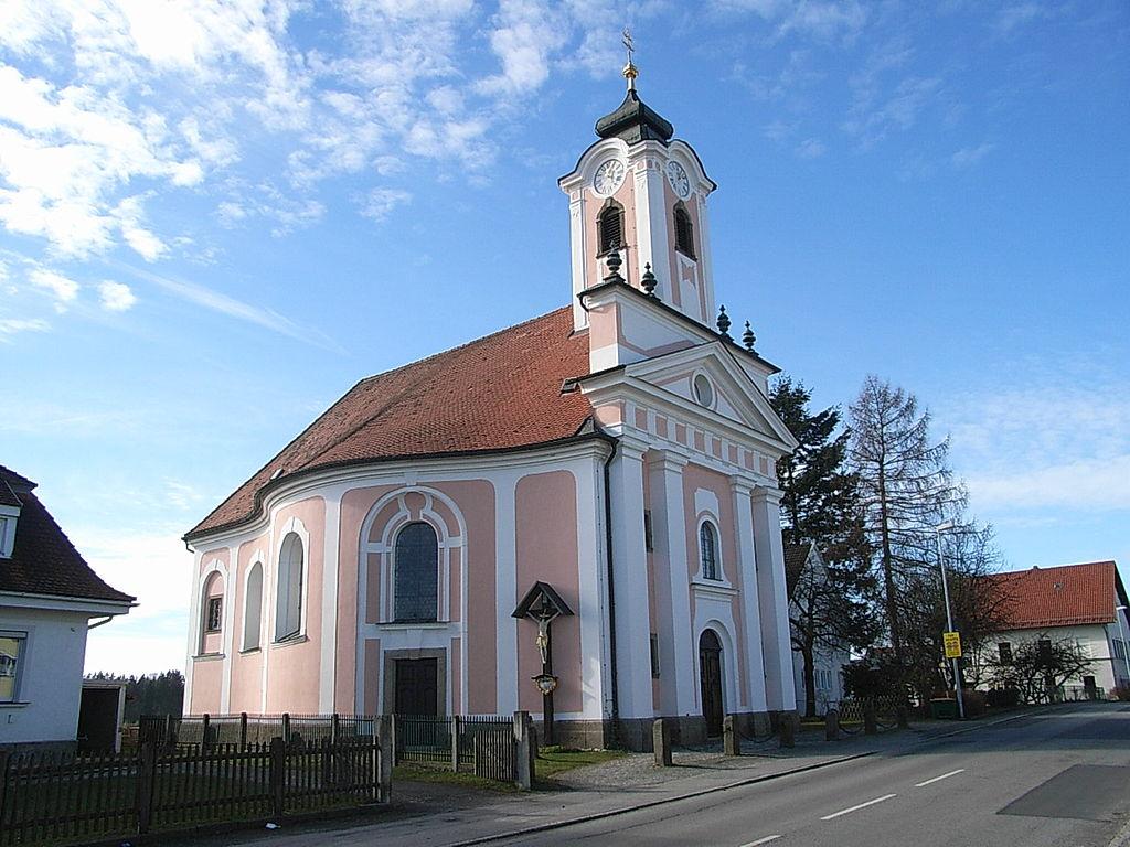 1024px-Pfarrkirche_Dommelstadl.jpg