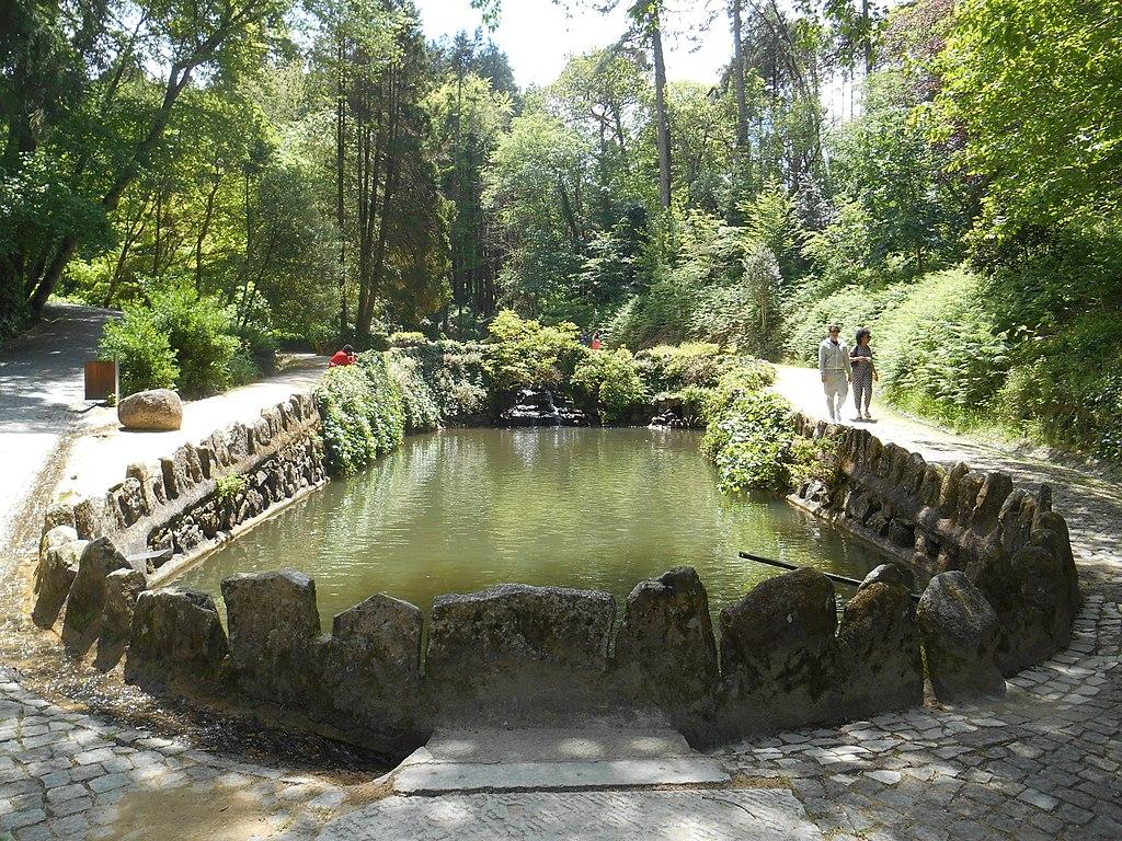 1024px-Sintra,_Parque_da_Pena_(13).jpg