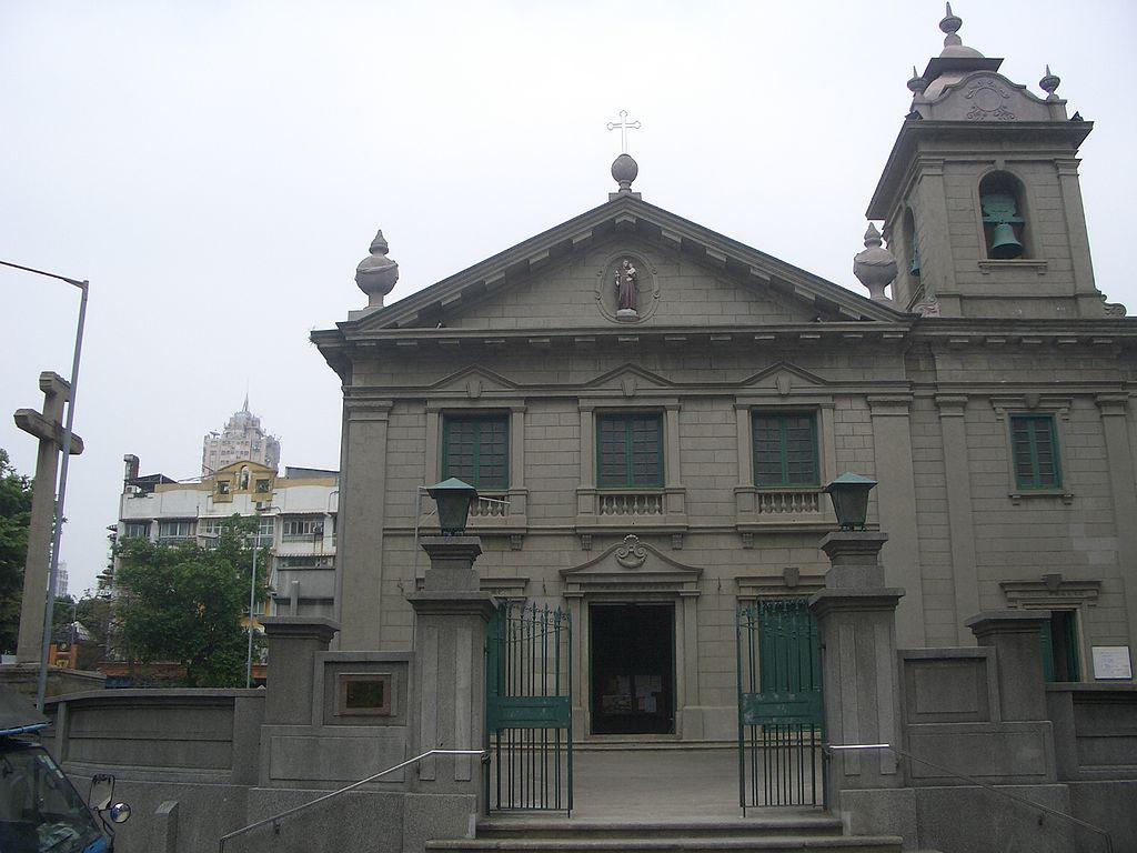 1024px-St_Anthony_of_Padua_Church.JPG