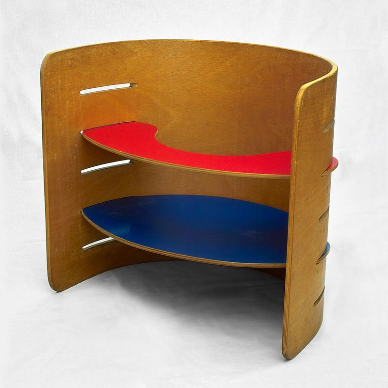 1024px-Vedel_childrens_furniture_gh.jpg