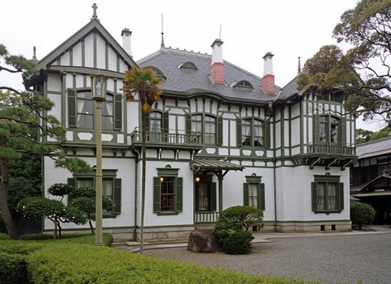 115.Имение семьи Мацумото.Восточный фасад европейского дома.jpg