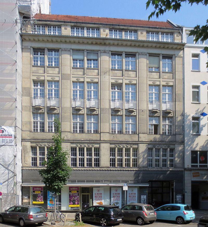 11Berlin,_Tiergarten,_Potsdamer_Strasse_87,_Hansa-Haus_des_Westens.jpg