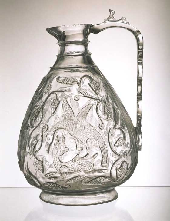11Rock_crystal_ewer.jpg