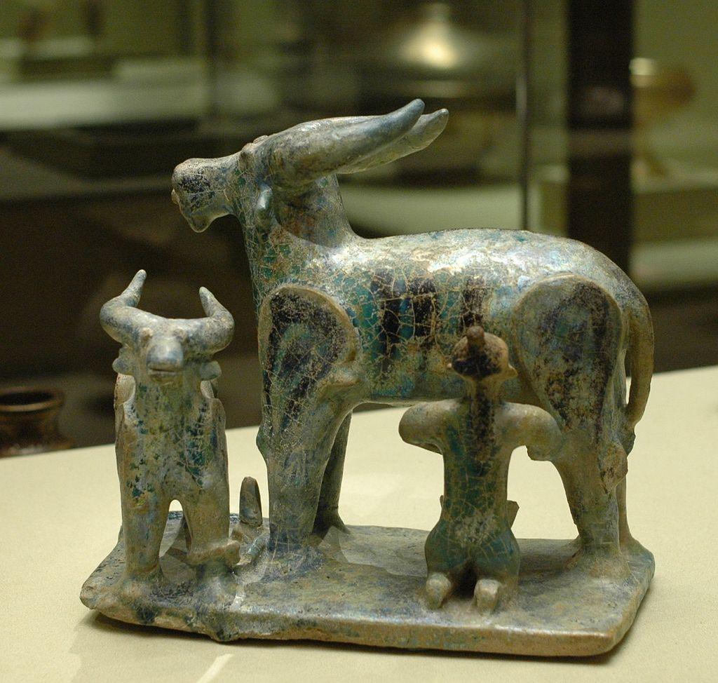 12-13Buffalo_milking_Louvre_MAO2031.jpg