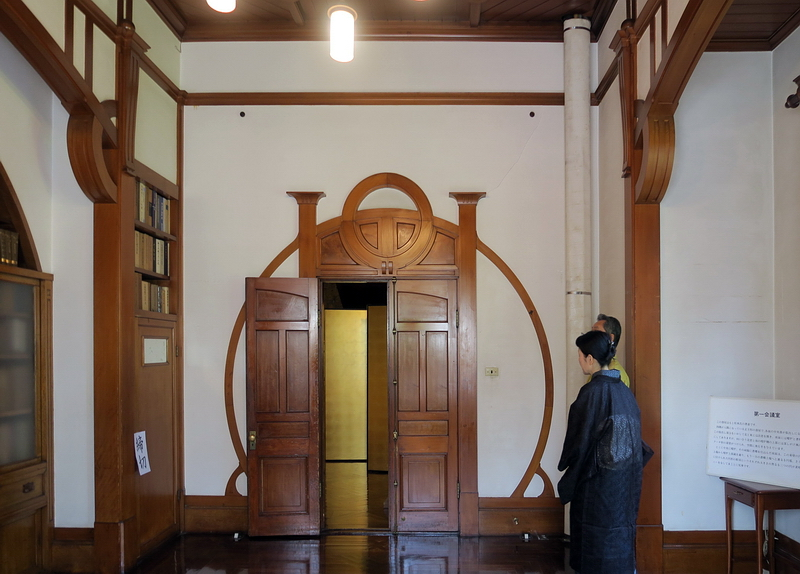 120.Имение семьи Мацумото.Интерьер европейского дома 4.jpg