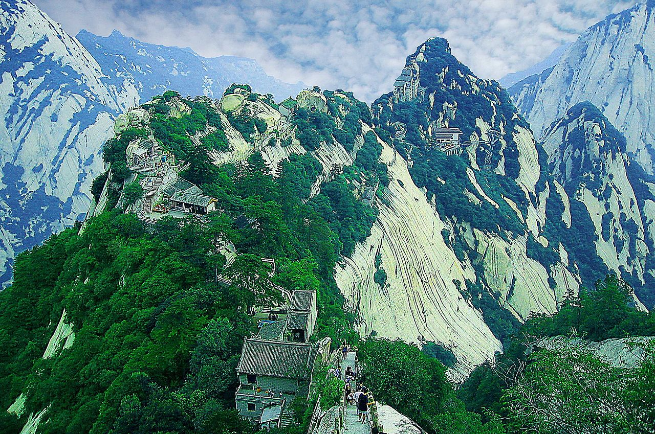 1280px-华山_-_panoramio.jpg
