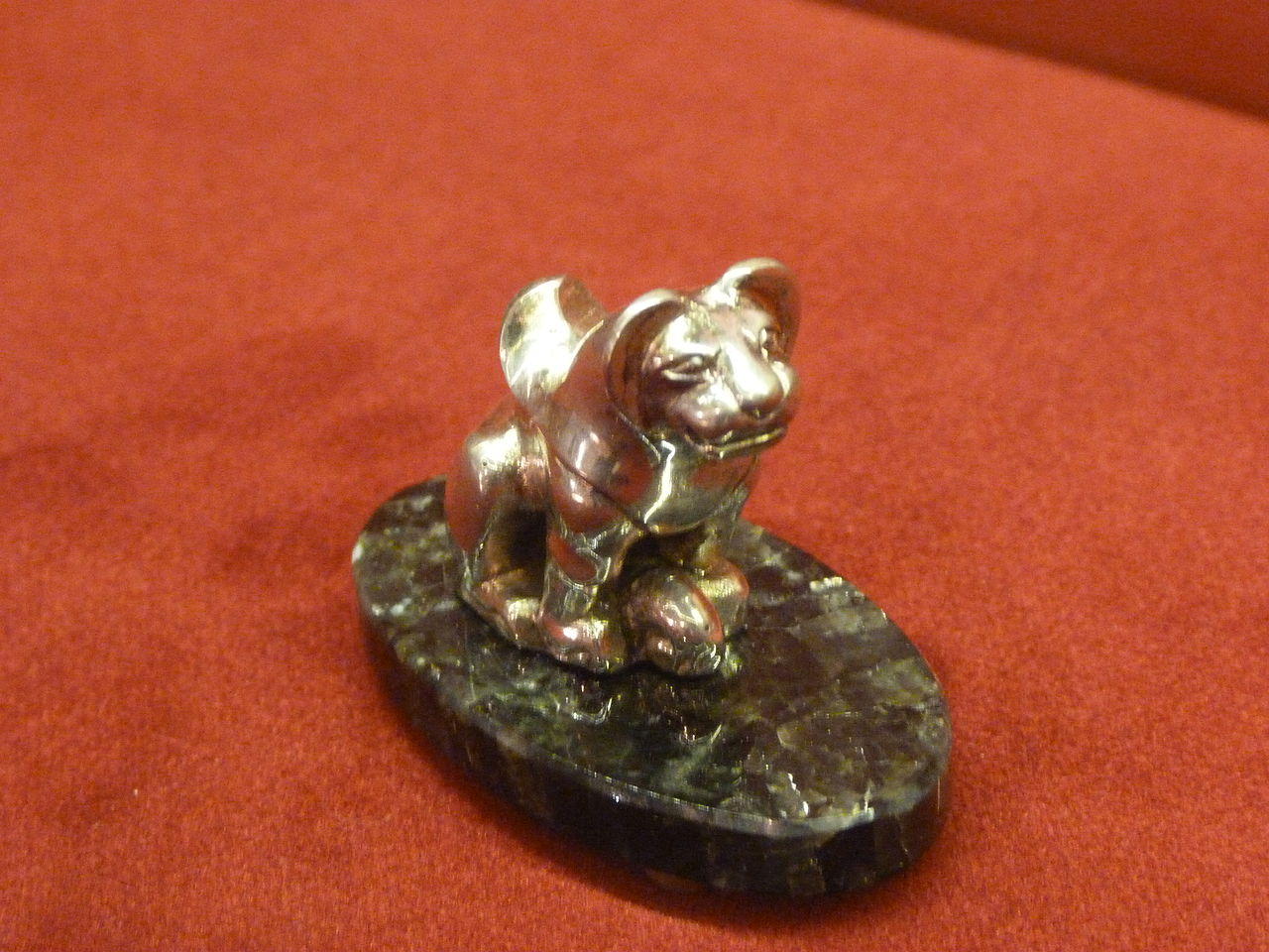 1280px-24._Tiger_semireche_(IV.-III._B.C.)_Kazakhstan.JPG