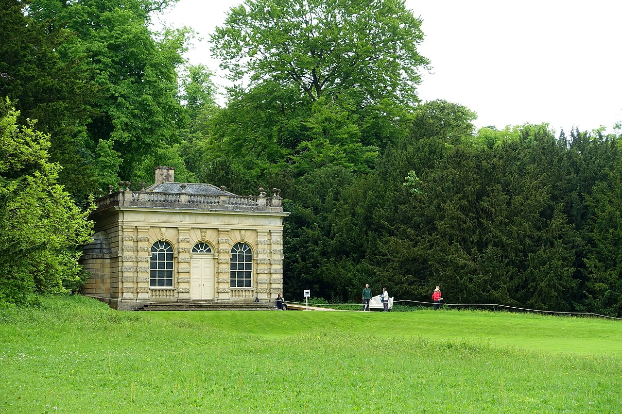 1280px-Banqueting_House,_Studley_Royal_Park_-_North_Yorkshire,_England_-_DSC00708.jpg
