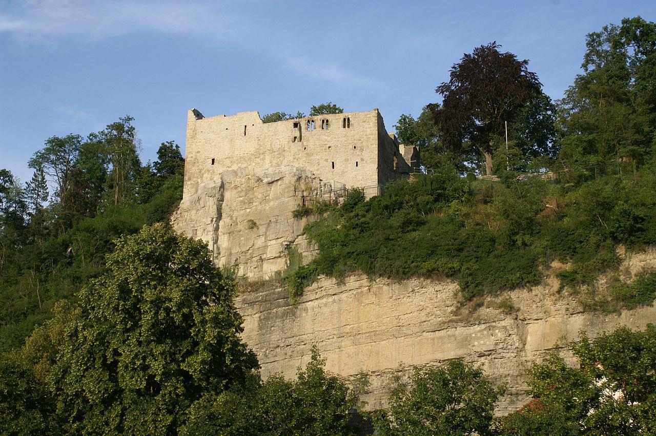 1280px-Burg_Löffelstelz.jpg