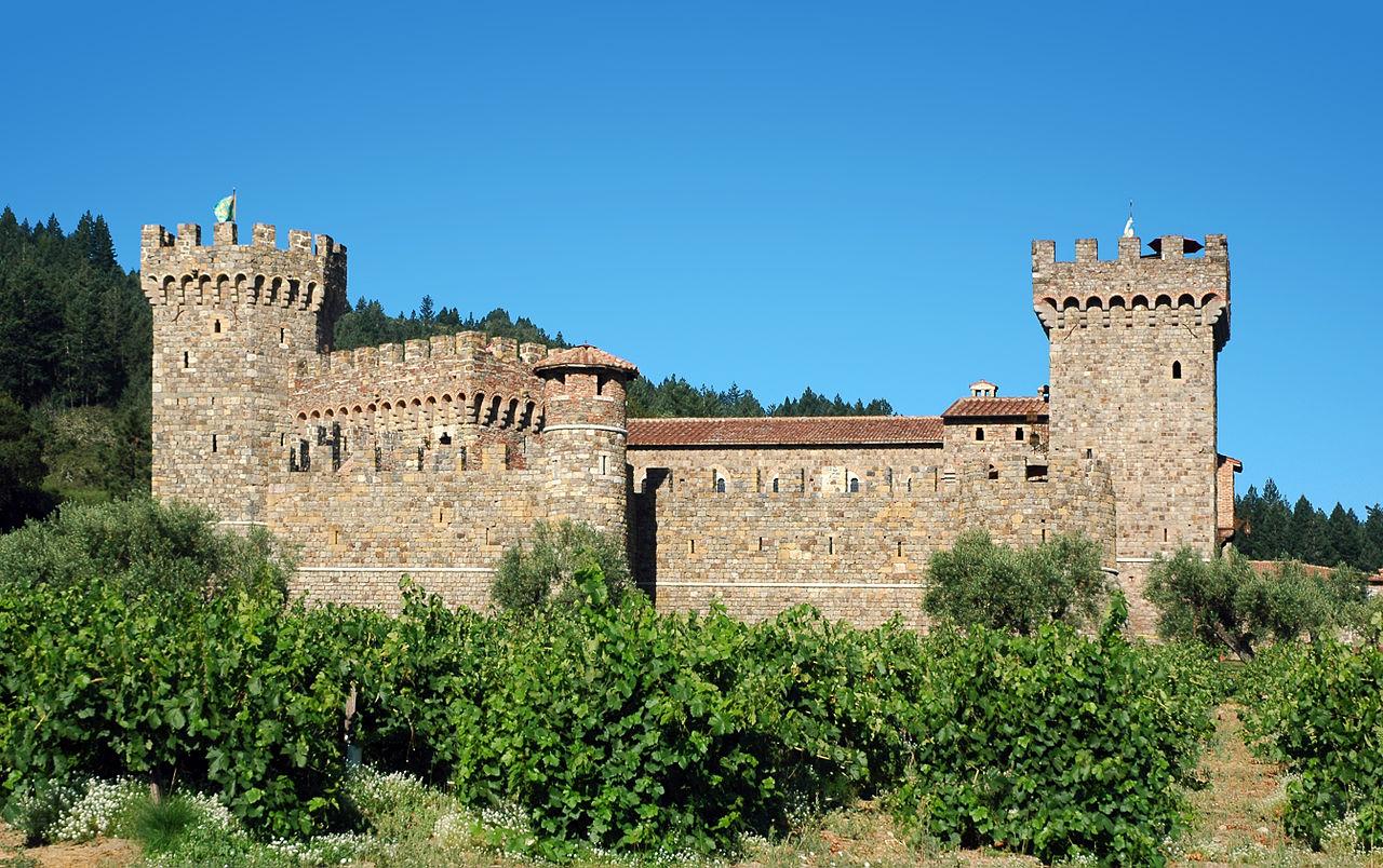 1280px-Castello_di_Amorosa.jpg