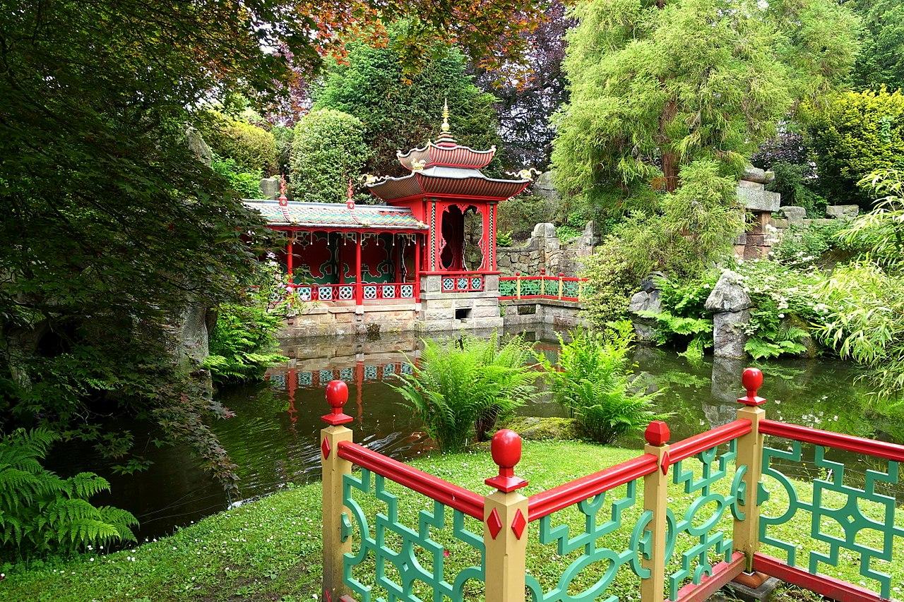 1280px-China_-_Biddulph_Grange_Garden_-_Staffordshire,_England_-_DSC09379.jpg