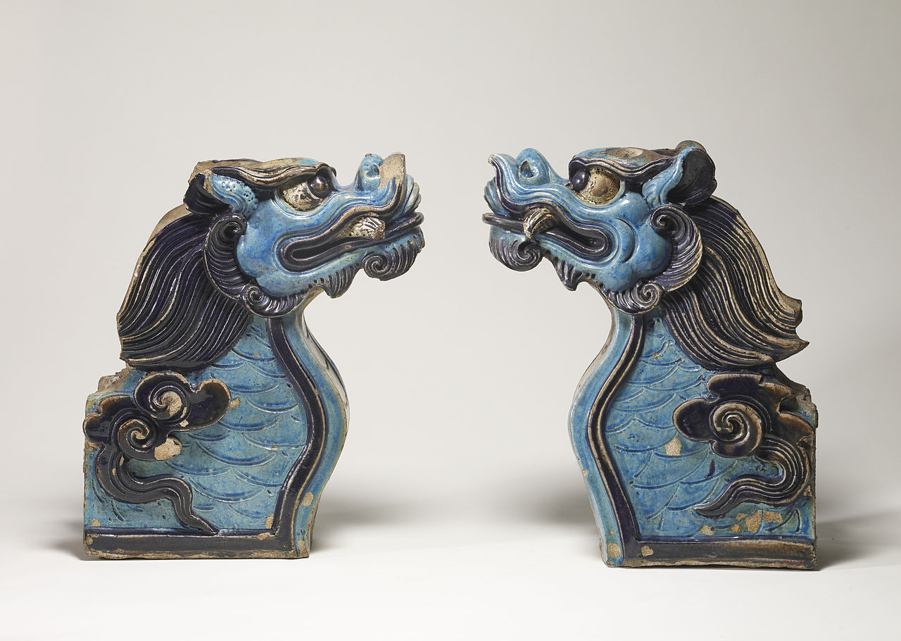 1280px-Chinese_-_Pair_of_Architectural_Terminals_-_Walters_492378,_492379_-_Profile.jpg